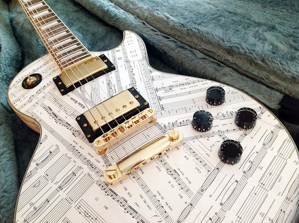 Bespoke-Guitar-decoupage-ART